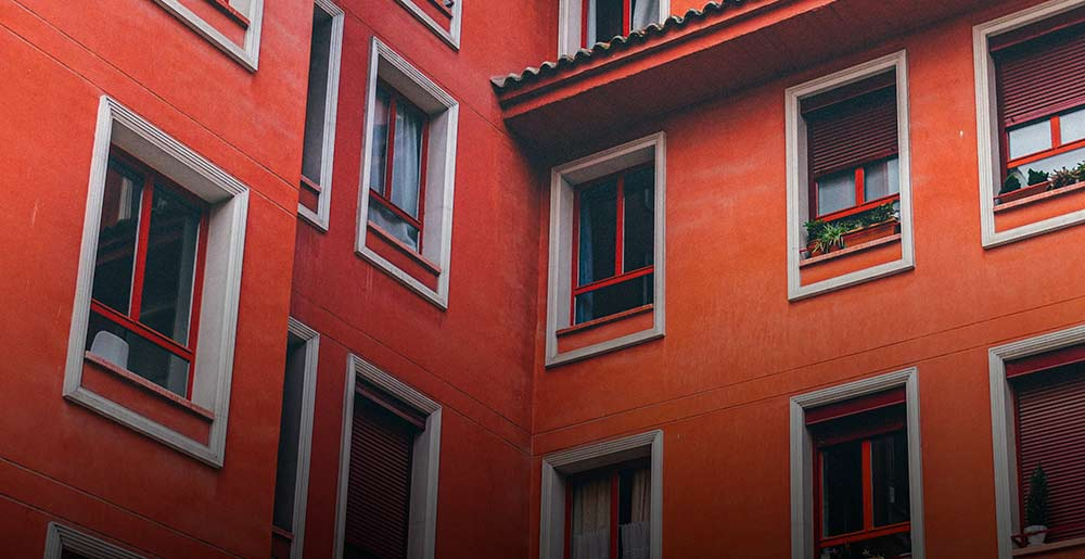 Spain housing price fall moderated in the first quarter of the year, with a 0.6% drop